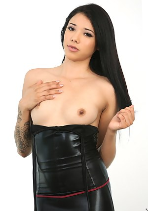 Hot Teen Leather Porn Pictures
