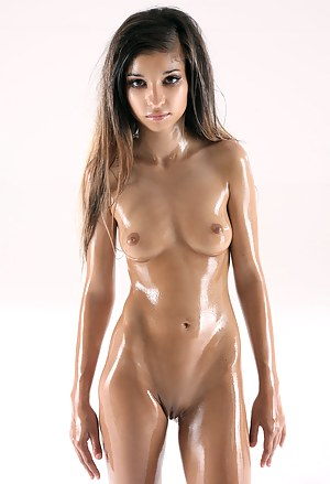 Hot Oiled Teen Porn Pictures