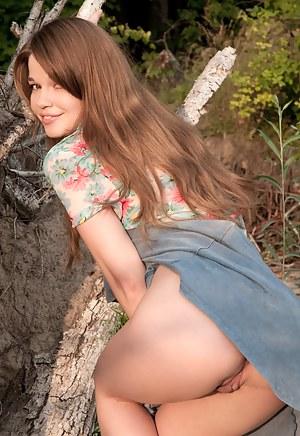 Hot Teen Upskirt Porn Pictures
