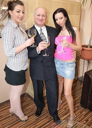 Hot Drunk Teen Porn Pictures